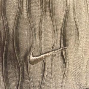 Nike Tops - NIKE GOLF Top, size Medium (8 - 10)